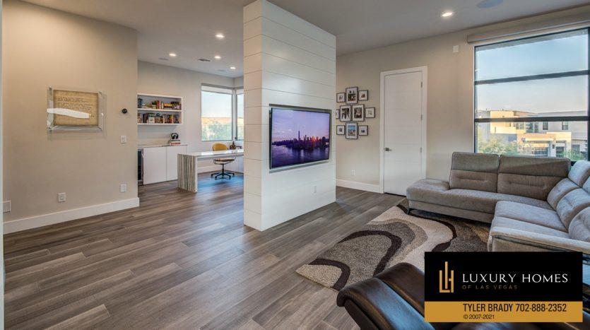 lounge area at The Ridges Home for Sale, 4165 Bronze Ridge St, Las Vegas