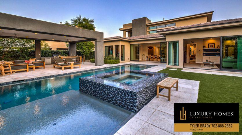 pool at The Ridges Home for Sale, 4165 Bronze Ridge St, Las Vegas